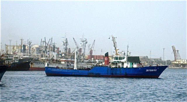 Crisis over additional industrial fishing licences for Senegal's overexploited resources